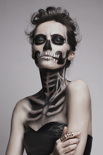 costume,halloween,makeup,girl,skeleton,fashion-7fbcbc3273766eed6c5d17efd9c9c1a6_h