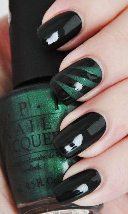 Nail-art-2013-Emerald
